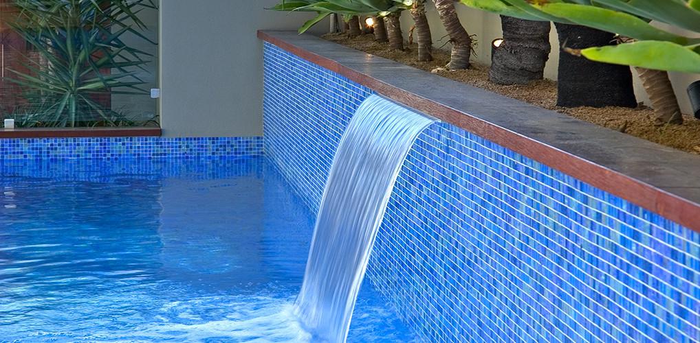 Pool Mosaic Liz