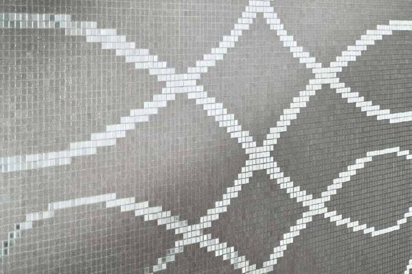 Arzigogolo mosaic pattern