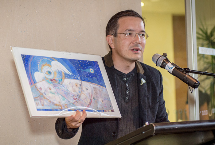 Shaun Tan Presents His Design