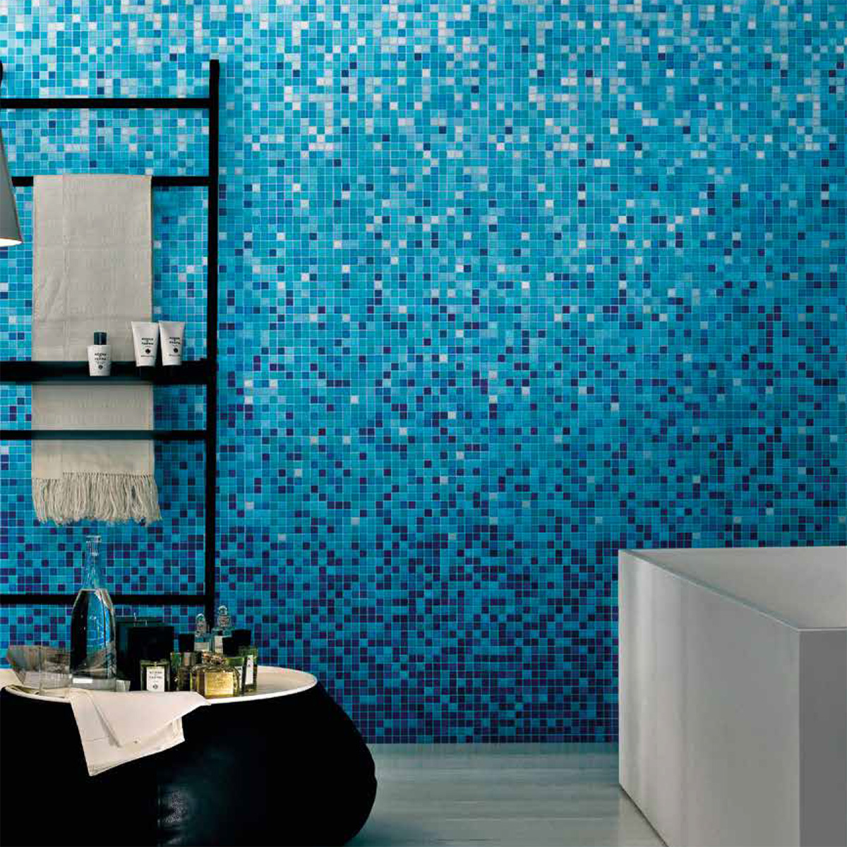 blue green tile bathroom - Decco.voiceoverservices.co