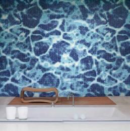 Modern Mosaic Pattern Clear Water