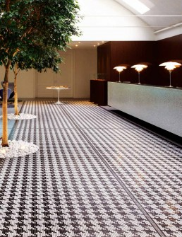 Timeless Mosaic Pattern Pied de Poule
