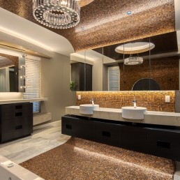 The exclusive Bond Suite mosaic bathroom design