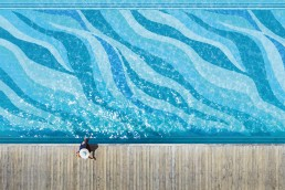 Bisazza ONDE 20 Swimming Pool Mosaic Pattern